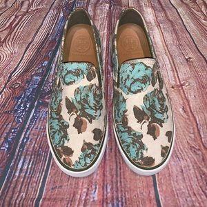 Tory Burch | beige floral slip on sneakers 7